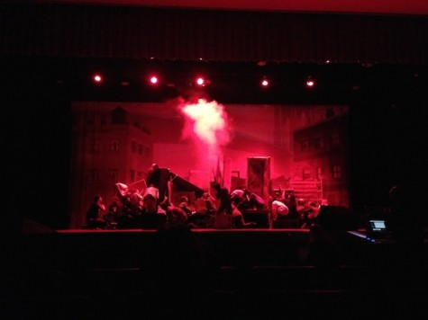 "LHS actors perform ""Les Mis"""