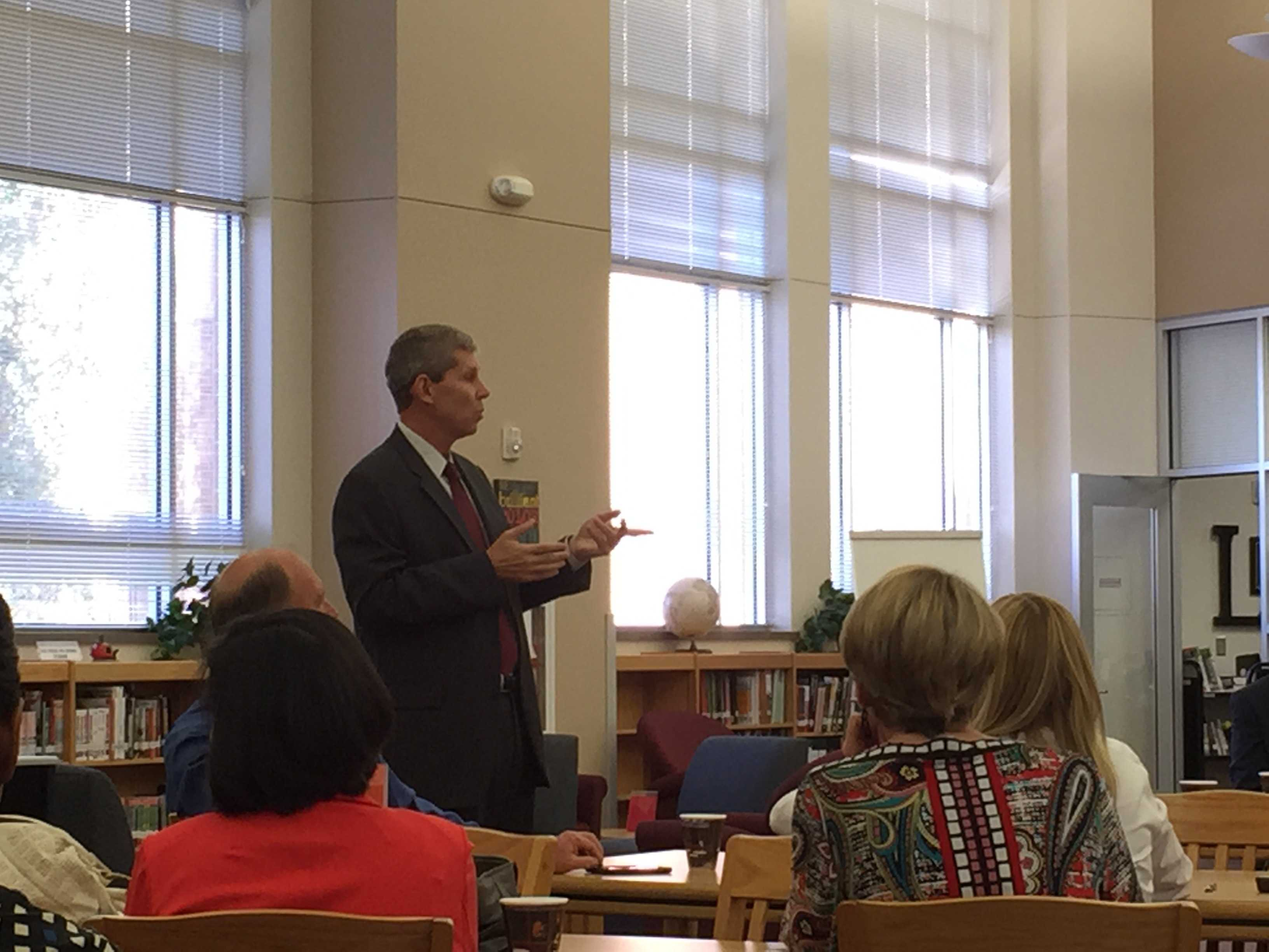 Superintendent Lyon visited the school on Thursday to answer questions from parents about the district. Topics included class sizes, hiring teachers, and AP success rates.