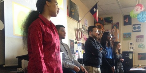 Students teaching in Teen Leadership