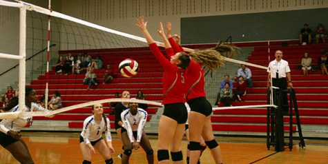 Varsity volleyball to make an appearance at HoCo game