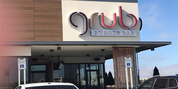 Guest contributor Michael Capps gives his thoughts on the various burgers available at Grub Burger Bar.