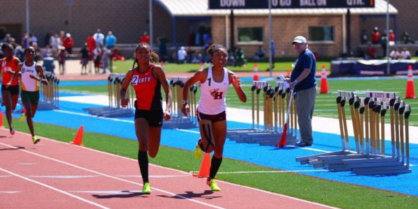 Junior Carrie Fish and sophomore Nissi Kobongo are heading to UT Austin to compete in the Texas Relays.