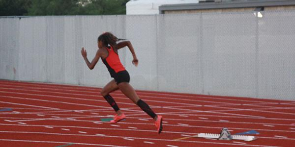 Junior Nissi Kabongo, along with senior Carrie Fish, and sophomore Amelia Jauregui are in Austin for the 2018 Texas Relays Thursday-Saturday.