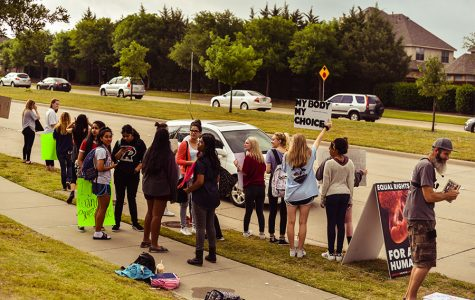 Growing number of students protest against abortion abolitionists