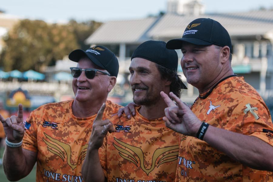 McConaughey makes celebrity softball game 'alright alright alright'