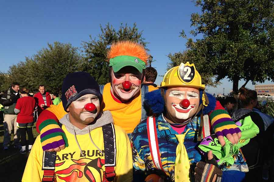 Saturday's 18th annual Gary Burns Fun Run features both a one-mile run/walk and a 5K run with many participants dressing up for the run. Temperatures for Saturday's run are expected to be in the high 30's to low 40's.