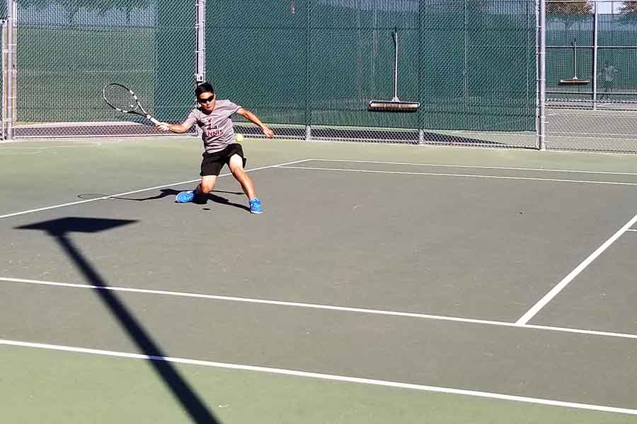 Tennis begins their winning streak after beating Wakeland 10-9 on Friday, Sept. 9, 2019, making this their second straight win.