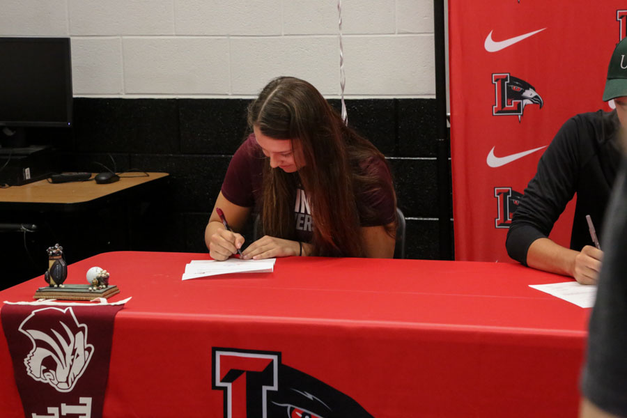 Signing to Trinity University, Sarah Buss is excited to join her older brother David in San Antonio and play golf.