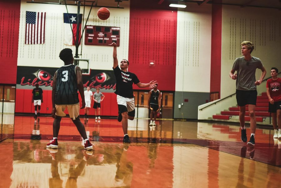The basketball teams were both in action this weekend, ending with split results. The boy's team defeated Prosper as the girls' fell short to Duncanville.