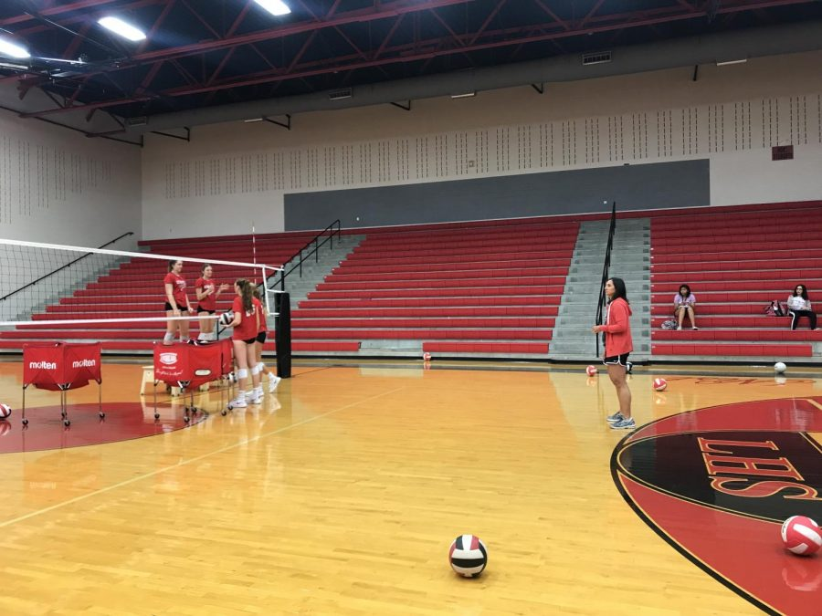 Volleyball+utilizes+practice+as+they+gear+up+for+the+Knights+on+Friday+starting+at+5%3A30+p.m.
