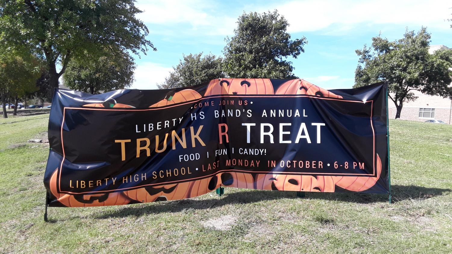 The 5th annual Trunk R Treat is set to take place in the east parking lot at 6:00 p.m. on Monday, Oct. 26, 2018. Local kids and families will get a chance to interact with dozens of clubs and organizations on campus as they pass out candy to participants.
