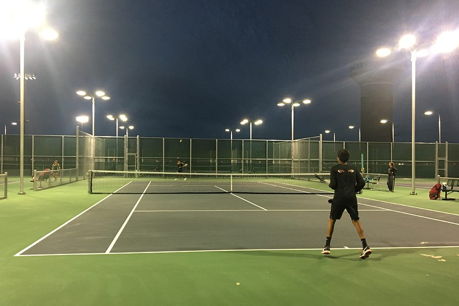 Tennis heads into playoffs after defeating the Lions 10-9 on Thursday.