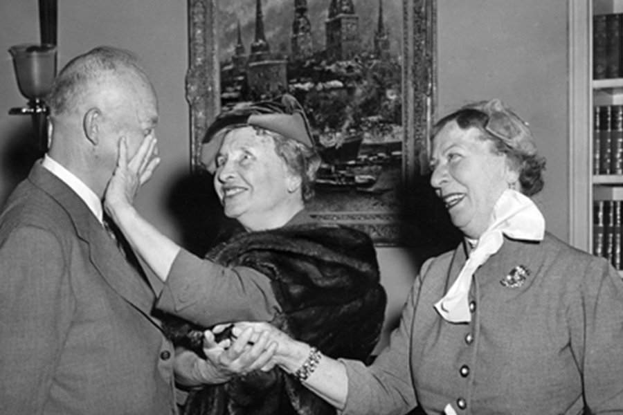 Placing her hands on the face of President Dwight D. Eisenhower, Helen Keller along with her companion Polly Thompson met Eisenhower on November 3, 1953.