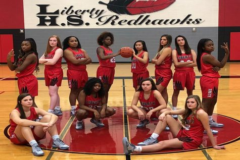 Girls' basketball seeks to extend perfect district record
