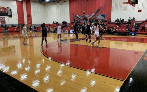 Basketball battles for top spot against Rangers