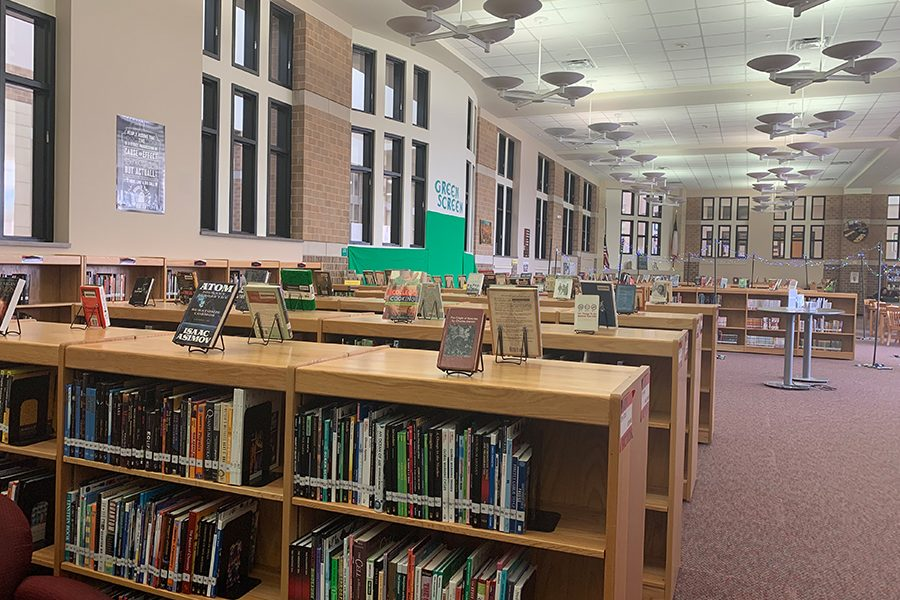 Virtual book club connects readers across the district