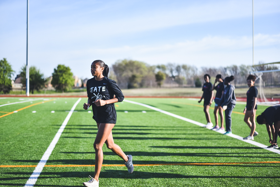 Entering+the+Wildcat+Relays+in+February%2C+Kabongo%27s+personal+record+in+the+high+jump+was+5%278%22+but+she+beat+the+by+two+inches+to+set+the+top+mark+in+the+country+at+the+time.+