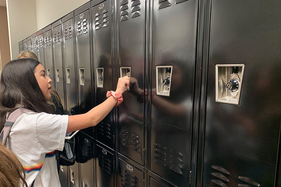 As+sophomores+and+freshman+are+set+to+take+their+English+STAARs+on+Monday%2C+Wednesday%2C+and+Thursday%2C+the+use+of+lockers+has+increased.+Students+are+asked+to+use+their+lockers+to+keep+their+phones+and+belonging+to+keep+the+testing+rooms+clear.