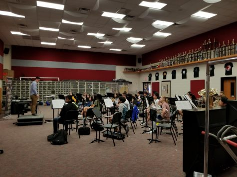 Eighth graders get look at band with visual camp