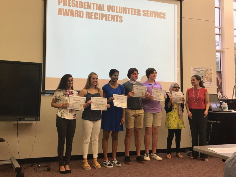 Working+with+their+communities%2C+students+were+awarded+with+the+President%27s+Volunteer+Service+Award+on+Monday+night+for+those+that+have+been+proactive+in+their+community.