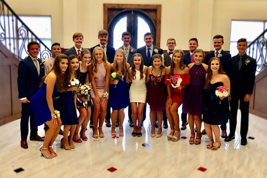 Class of 22 at last years homecoming before the dance. Tickets are now available to be purchased on OnlineSchoolFees and during lunches on the week of homecoming.