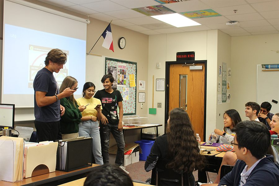 AP US history students learn through rapping – WINGSPAN