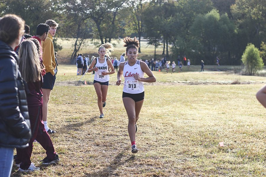 Sophomore Jada Williams ran her second District 9-5A meet on  Thursday. Both the boys and girls had an equal finish as they both placed third, resulting in an advancement to regionals.