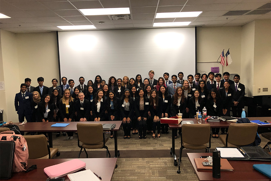 ISM students had the chance to see the business side of things in Frisco ISD annual Business Symposium. Through interviews, networking, and Q&A sessions, members of the class explored the professional aspects for their fields.