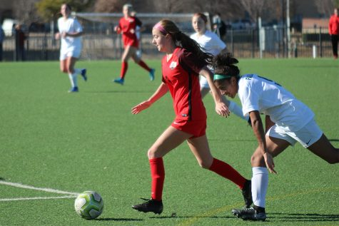 Girls' soccer scores game winner, while the boys fall to the Wolverines