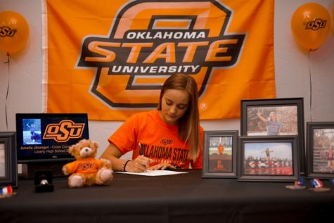 Senior Amelia Jauregui has committed to attend Oklahoma State University in the fall where she will run both cross country and track. While this was not the celebration she expected, her family worked to make her signing day special.