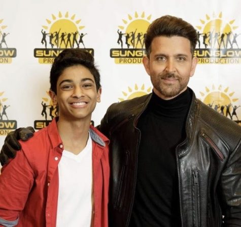After performing for Bollywood dancer Hrithik Roshan, the two pose for a picture. For Ramgopal, this was a night to remember.