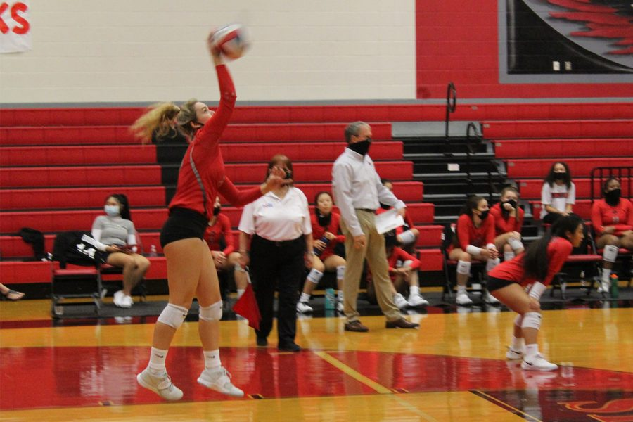 Redhawk+volleyball+looks+to+bounce+back+after+3-0+loss+against+Lone+Star+High+School.+The+team+takes+on+the+Reedy+Lions+at+6%3A45+p.m.+on+Tuesday+at+the+Nest.