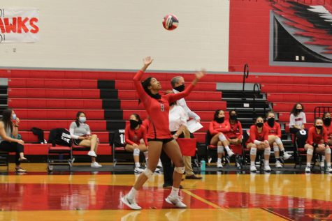 Volleyball is riding out their winning streak heading into their game Friday against Lone Star High School. With extra time put in on the court, the team loos to come out strong.