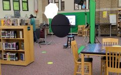 Last chance for freshman, sophomores and juniors to get their picture taken is on Thursday in the library during lunch.