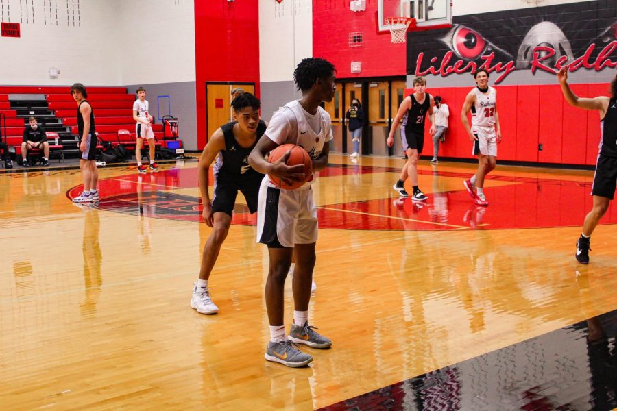 Boys and girls basketball are back in action Friday night as they talk on the Frisco Raccoons and the Memorial Warriors.  The boys play Friday at 8 p.m., while the girls play Saturday at 1:00 p.m.