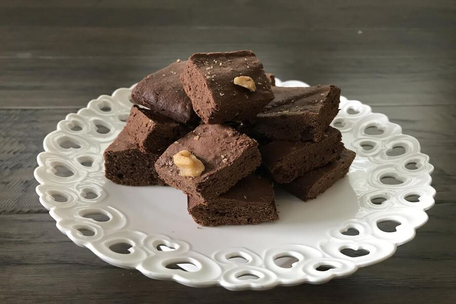 After many tries and recipes to perfect her craft, Girish created her own gluten-free flour. In this weeks Goodbye Gluten, she explains how to incorporate it to develop the perfect gluten-free brownies.