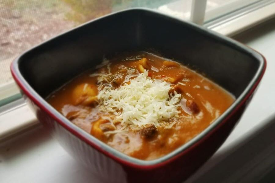 With the cool weather parked for the Winter, Girish explains how to make a warm and tasty gluten-free black bean soup.
