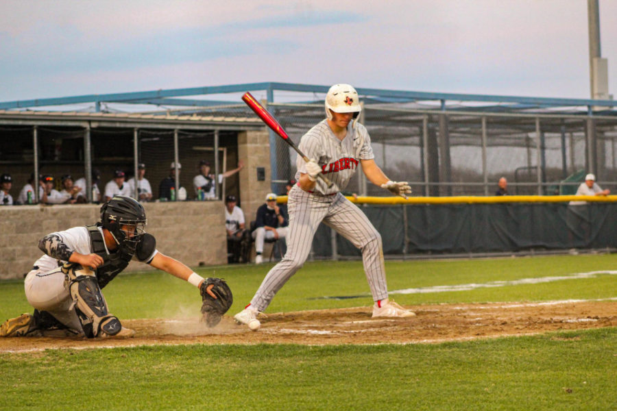 Although+losing+to+Wakeland+in+their+last+game%2C+the+Redhawk+baseball+team+maintains+its+spot+as+first+as+it+continues+out+its+next+three+games%2C+which+will+determine+it%27s+standing+in+districts.+