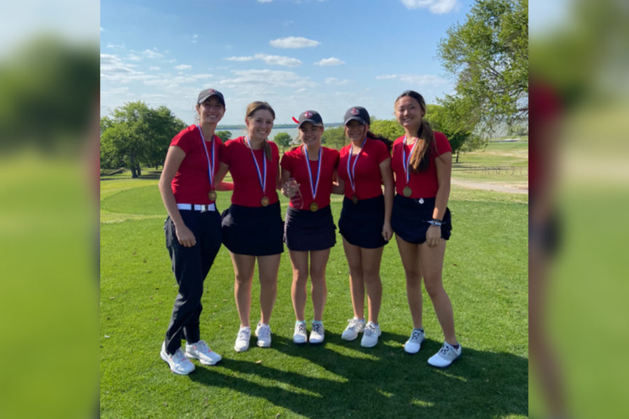 Finishing+in+3rd+place+at+the+5A+Region+II+girls%27+golf+tournament+in+Rockwall%2C+the+Redhawks+team+++++++++++++++++++++++++++++++++claimed+a+spot+in+the+state+tournament+with+a+score+of+108%2C+four+strokes+behind+Highland+Park%2C+and+eight+behind+regional+champion+Lebanon+Trail.+