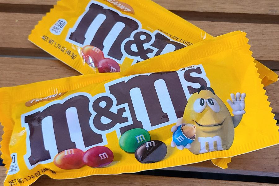 """Using M&MS to explain the concept of chain rule, students such as senior Vanessa Jara found the lesson to be easier to understand using candy.  """"I think this makes it a lot easier to remember because M&Ms are a thing that most of us are familiar with,"""" Jara said. """"It helps us visualize a difficult and unknown concept and put it into something we're familiar and comfortable with."""""""